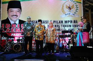 """Pagelaran Pentas Seni Pesona 4 Pilar"" Di Bumi Lancang Kuning, Melestarikan Budaya Melayu Dari Peng"