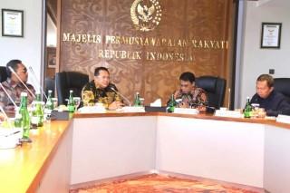 MPR RI: Langkah Presiden Berikan Kewenangan ke Daerah Terkait Corona Sudah Tepat