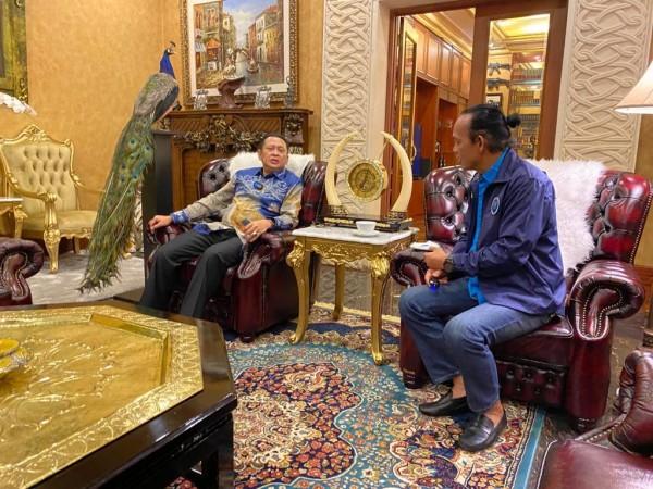 Ngobras Bareng Deputi BNN Arman Depari