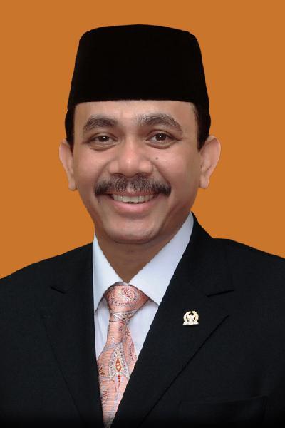 Dr. H.  DOSSY ISKANDAR PRASETYO , S.H., M.Hum.