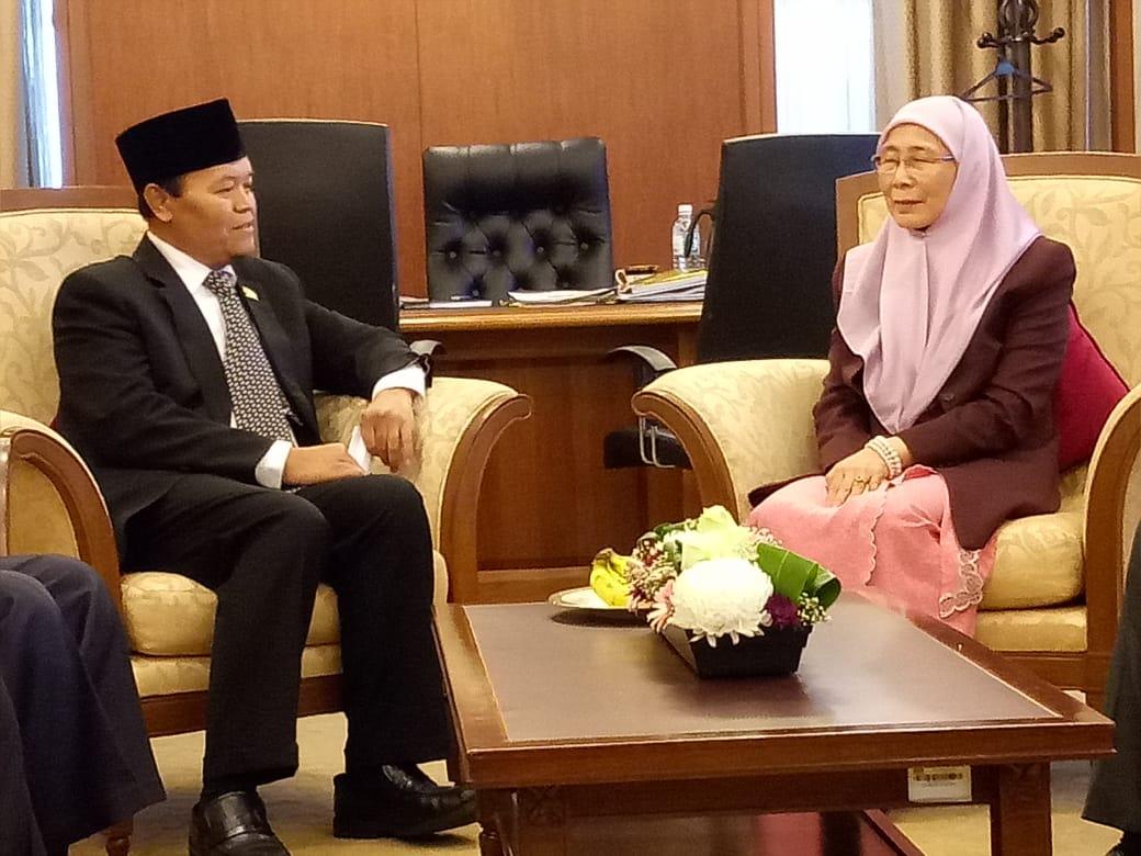 Hidayat Nur Wahid Usulkan Diplomasi Politik Perempuan Ciptakan Perdamaian Di ASEAN