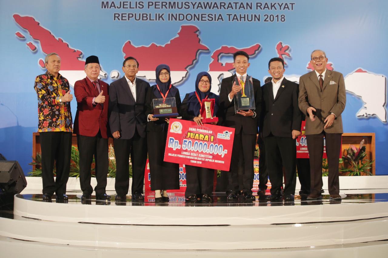 Universitas Syiah Kuala Juara Debat Konstitusi MPR Tahun 2018