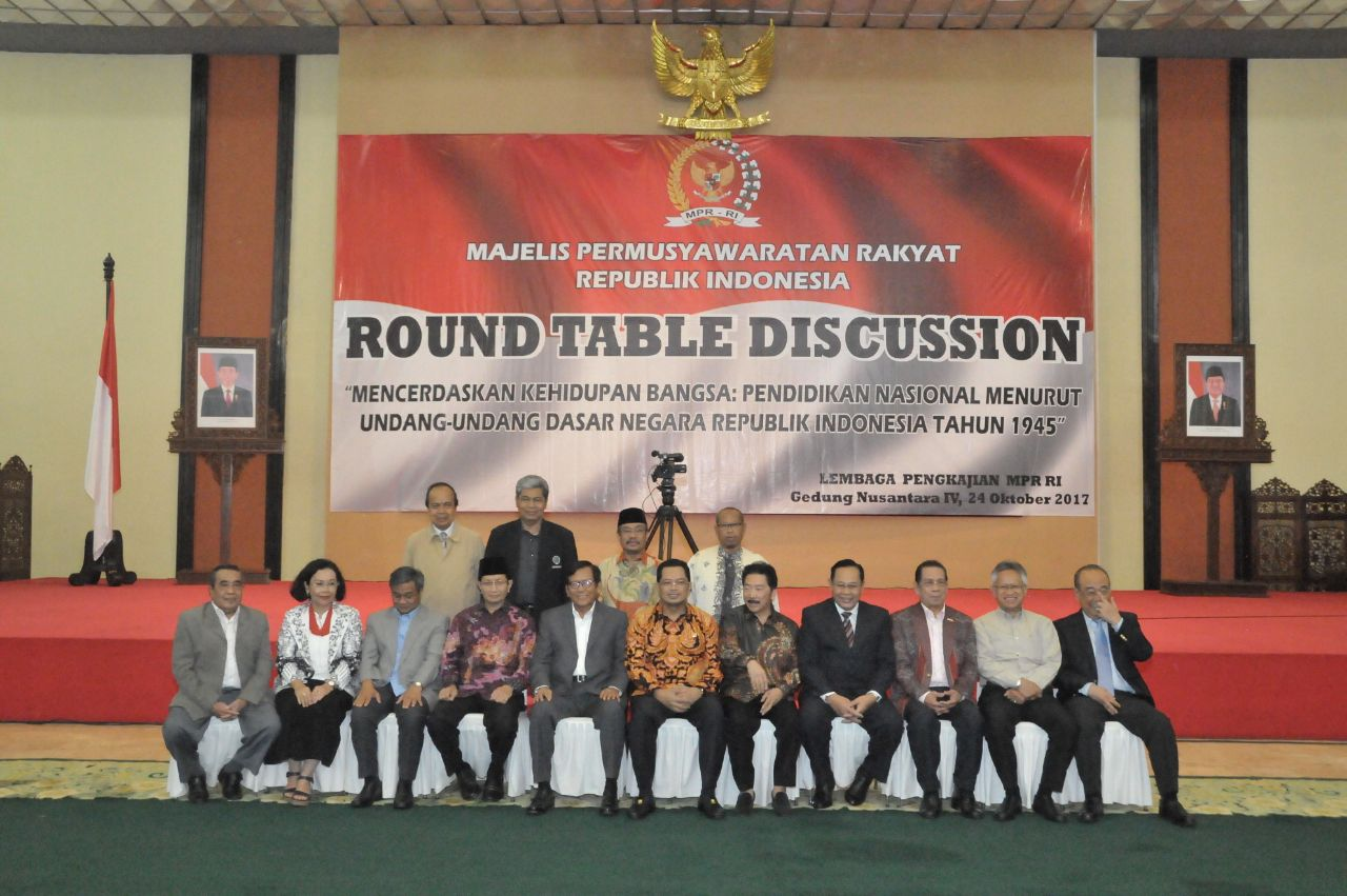 Pimpinan MPR RI Mahyudin Buka Round Table Discussion MPR 2017