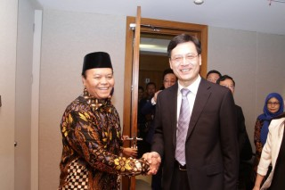 Wakil Ketua MPR RI Hidayat Nur Wahid Menerima Delegasi Parlemen China di Gedung Nusantara III Lantai 9, Jakarta (Senin, 25/02/2019)